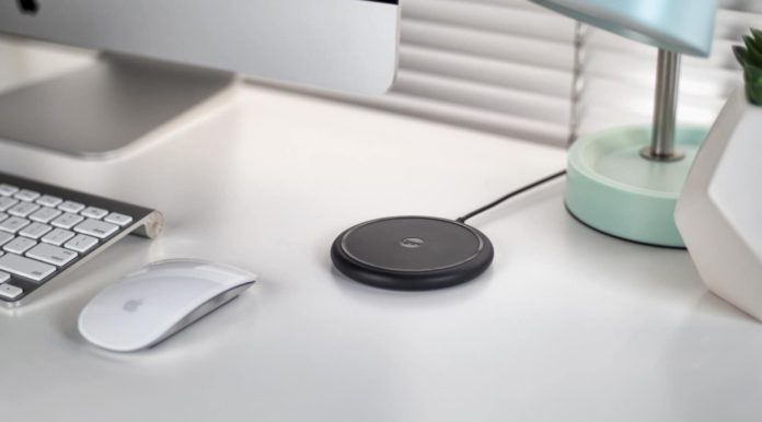 mophie wireless charging base-min