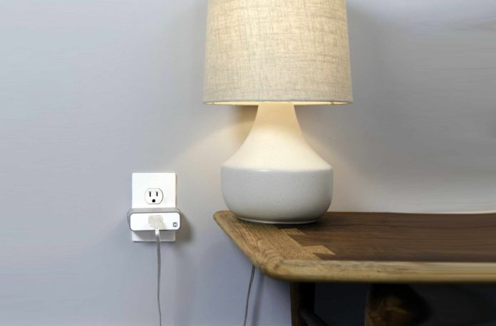 Roll over image to zoom in VIDEO iHome ISP6X Wi-FI Smart Plug