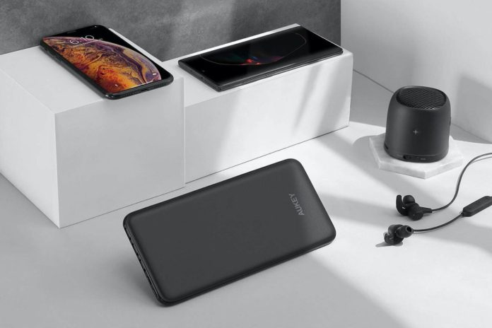 AUKEY USB C Power Bank-min