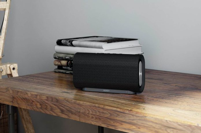 _AUKEY Eclipse Wireless Speaker-min