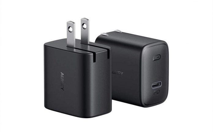 2-Pack AUKEY 18W Foldable Fast Charger-min