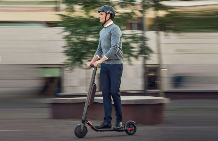 Segway Ninebot ES4 Electric Kick Scooter-min