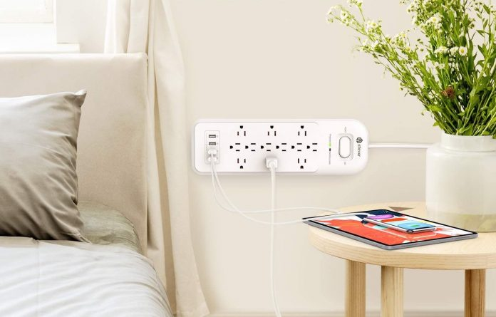 iClever Power Strip Surge Protector-min