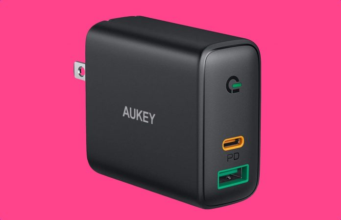 AUKEY Focus USB C Charger -min