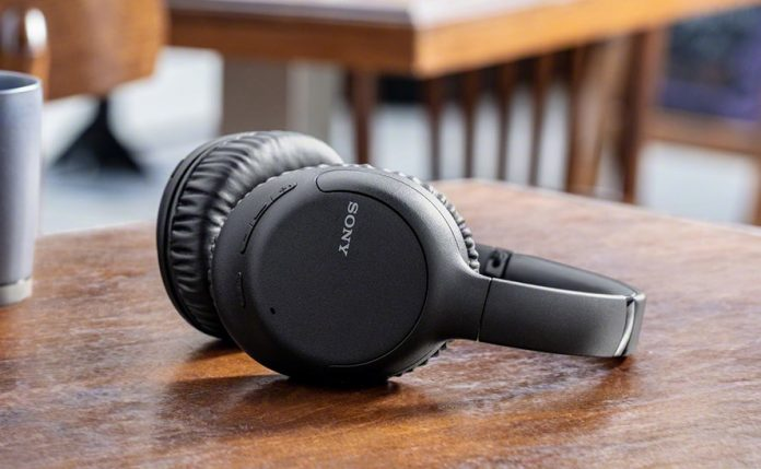 Sony Noise Cancelling Headphones-min (1)