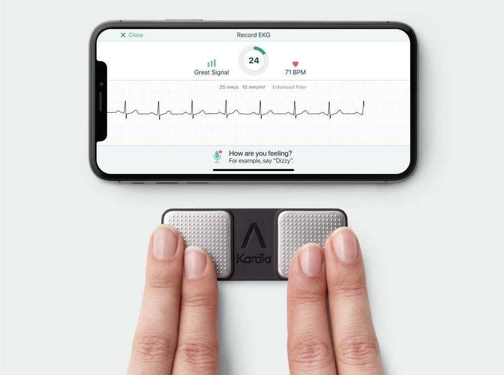 AliveCor KardiaMobile Personal EKG Works With iPhone, On Sale For $89