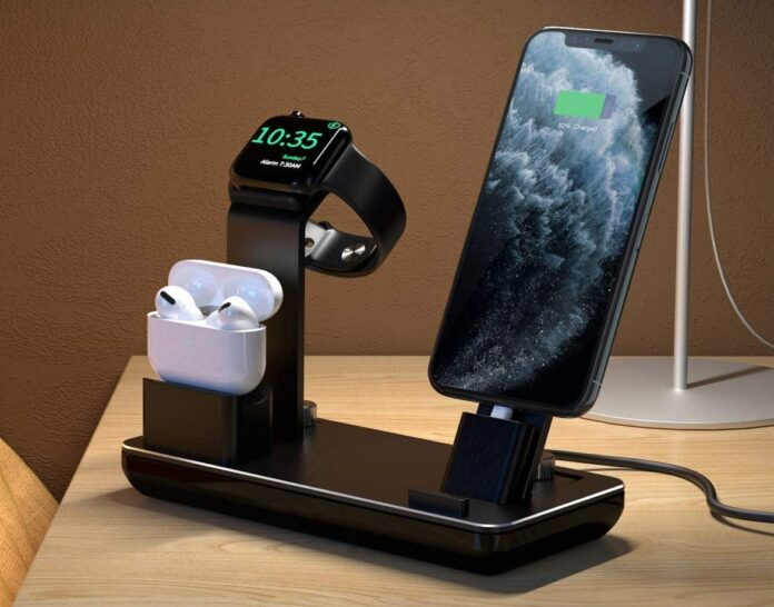 YoFeW Charger Stand