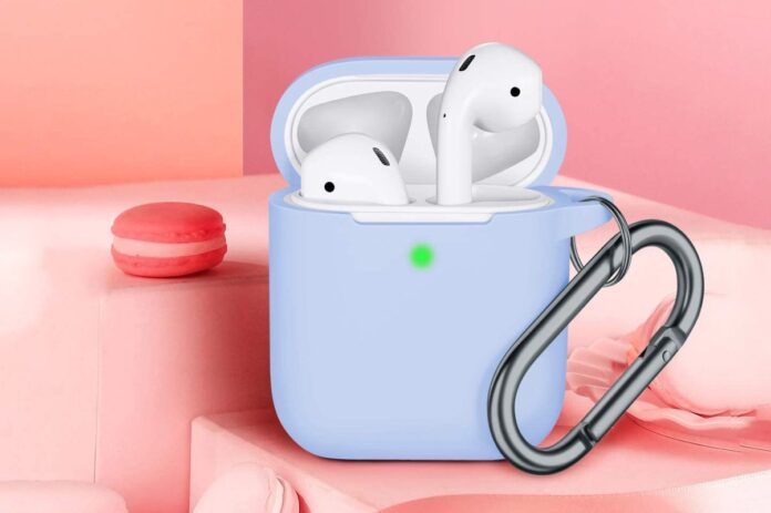 JINGCI Airpods Case Cover with Keychain
