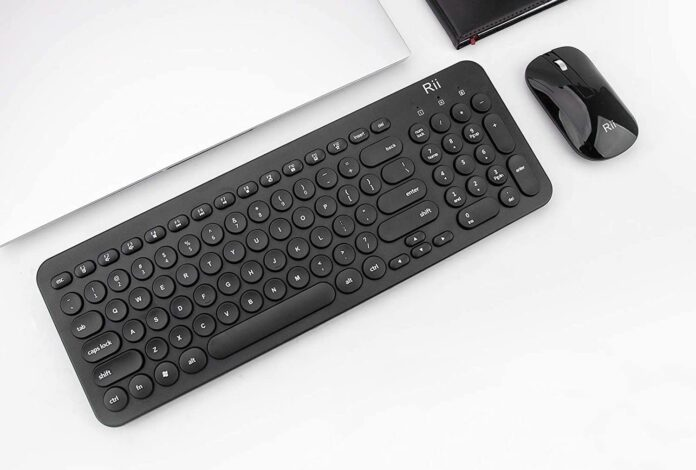 Rii RK205 2.4GHz Ultra-slim Wireless Keyboard and Mouse