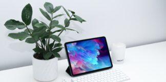 Apple iPad Air (10.9-inch, Wi-Fi, 64GB)
