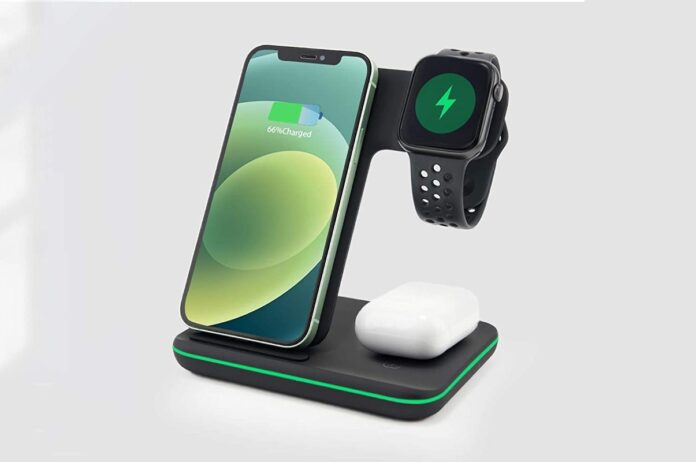 Amugpill 3 in 1 Qi Certified 15W Fast Wireless Charging Station