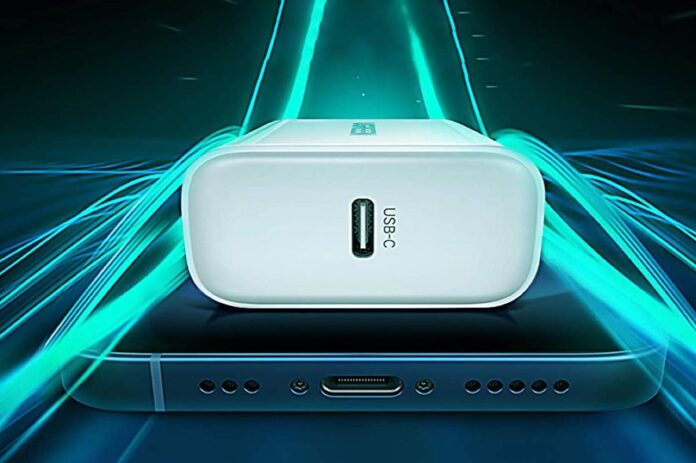 UGREEN 20W USB C Charger