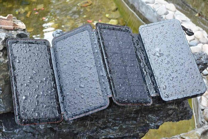 ADDTOP Portable Solar Phone Charger Power Bank with 4 Solar Panels