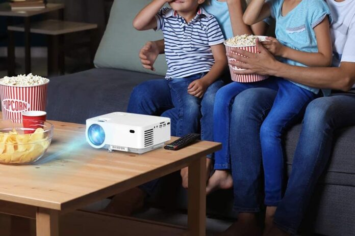 HOMPOW 5500L Movie Projector