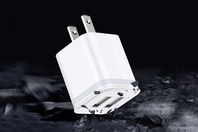 LUOATIP 3-Pack 2.1A:5V Dual Port USB Cube Power Adapter