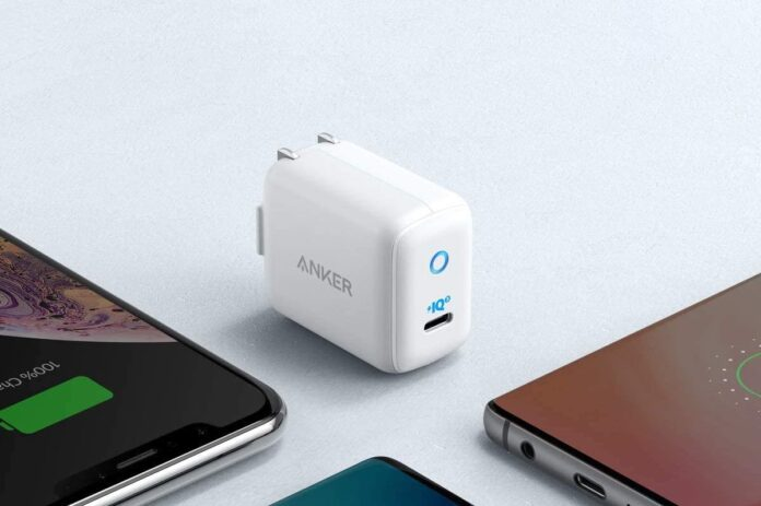 Anker 30W PIQ 3.0 USB-C Fast Charger